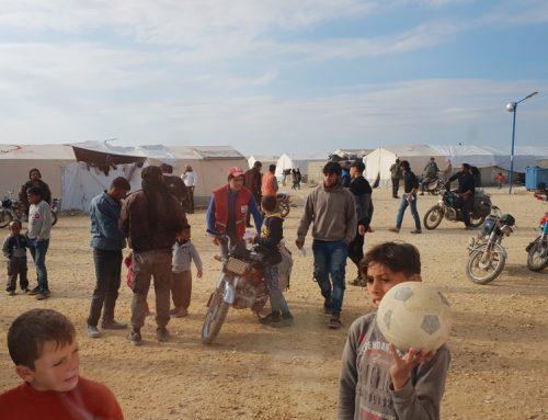 Suriye nin Azez bölgesinde bulunan 1.200 kişilik Al Ball Kampına maddi yardım sağlandı
